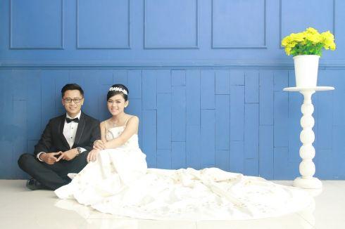 Pre-Wedding Indoor Photoshot