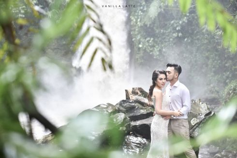 Outdoor Pre-Wedding
